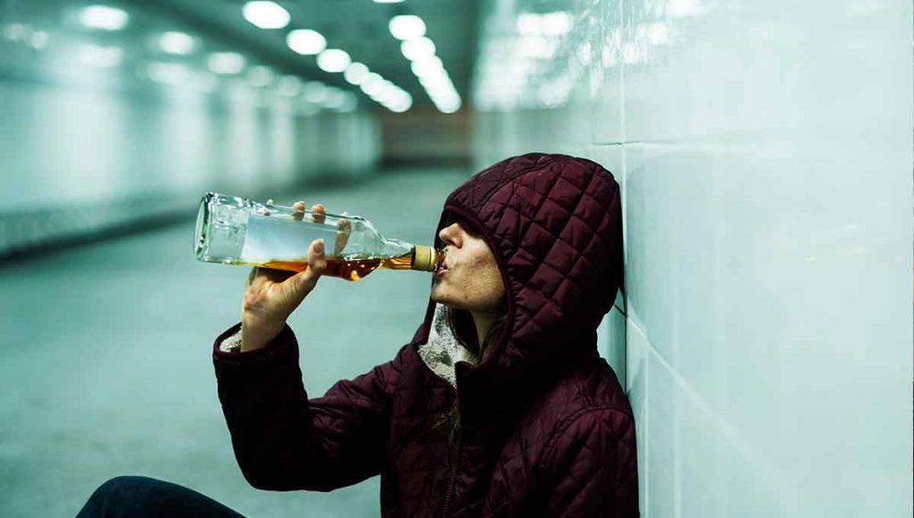 alcoholism addiction treatment woman